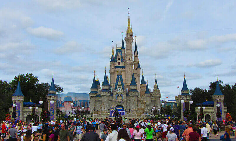 Novo procedimento de abertura do Magic Kingdom